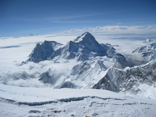 Makalu from the summit - note again the clear curvature of the earth as you look at the horizon - 21 May